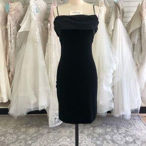Vintage Betsy & Adam Short Black Velvet Dress